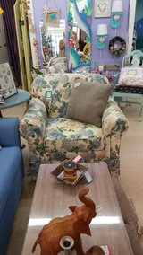 Floral Print Upolstered Accent Chair #1326-2922 in Camp Lejeune, North Carolina