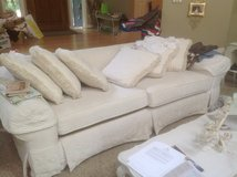 Matching Sofa and Chairs/ottoman in Chicago, Illinois