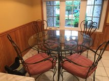 kitchen table & chairs in Morris, Illinois