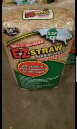 EZ Straw with Tack (4 bags) in Clarksville, Tennessee