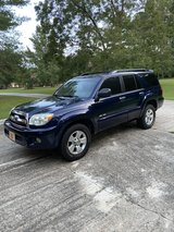 2007 Toyota 4-Runner SR5 4wd in Beaufort, South Carolina