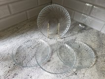 Set of 4 glass plates in Plainfield, Illinois