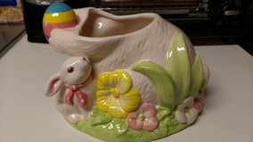New large Easter planter in Warner Robins, Georgia