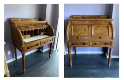 19th Century Walnut Cylinder Roll-Top Desk Secretary w/ Fluted Legs in Plainfield, Illinois