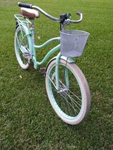"Huffy 26"" Deluxe Cruiser bike bicycle in Kingwood, Texas"