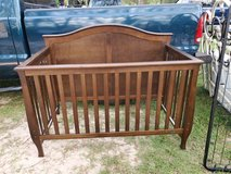 Child Craft 4 in 1 convertible crib in Fort Polk, Louisiana