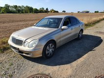 Mercedes Benz E240 Automatik New Inspektion 2002 in Ramstein, Germany