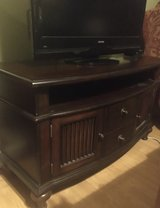 TV Stand in Batavia, Illinois