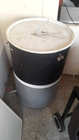 Drum smoker homemade and hardly used in Ramstein, Germany