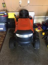 "42"" riding mower in Clarksville, Tennessee"