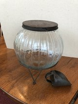 Antique Sugar canister w/metal lid & scoop in Cleveland, Texas