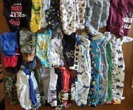40 pieces of 18mths clothing in Fort Leonard Wood, Missouri