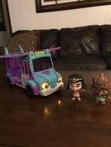 Super Monsters set in Cleveland, Texas