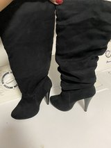 Knee high boots in Alamogordo, New Mexico