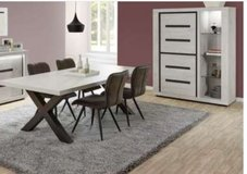 United Furniture - Ludovic Dining Set including delivery in Spangdahlem, Germany