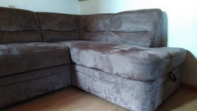 Sectional Sleeper Couch w/Storage Compartment in Spangdahlem, Germany