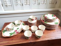 Franciscan Earthenware Dinnerware Set Dishes in Chicago, Illinois