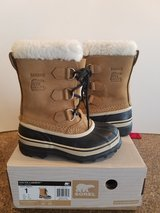 Sorel Snow Boots Size 1Y Caribou in Hill AFB, UT