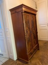 Mahogany Antique Shrank with shelves in Wiesbaden, GE