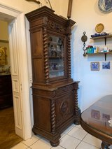 antique French carved oak hutch with wine motif in Wiesbaden, GE