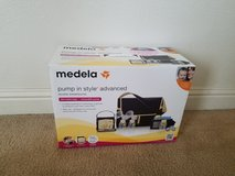 Medela pump in style advanced with extras in Camp Pendleton, California