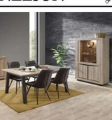 United Furniture - Nelson Dining Set including delivery in Wiesbaden, GE