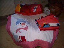 Boxes - MIX  NB/4t-Babygirls / Babyboys--cloths/Bedding  --- XS  Mix Girls cloths in Ramstein, Germany
