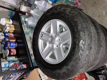 "Jeep wheels 17"" in Camp Pendleton, California"