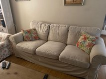 Couch/sofa with washable covers in Chicago, Illinois