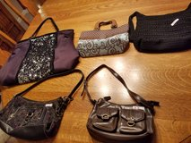 Purses in Oswego, Illinois