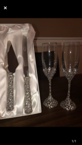 Wedding flutes and cake servers in Fort Campbell, Kentucky
