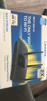 Internet Router LINKSYS AC1900 in Camp Pendleton, California