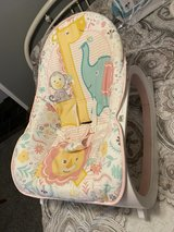 Fisher Price Manual Rocker/vibration Seat in Warner Robins, Georgia
