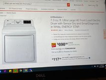 LG Electric Dryer in Chicago, Illinois