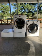 Frigidaire affinity washer and dryer in Fort Campbell, Kentucky