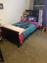 Two twin beds in Vacaville, California