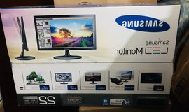 Samsung 22 inch computer screen or tv in Camp Lejeune, North Carolina