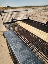 car trailer with ramps (comes with title) in Alamogordo, New Mexico