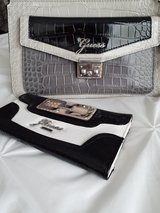 Brand New Guess Purse/Wallet in Bolingbrook, Illinois