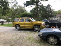 """??2006 Yukon Denali Candy?? Lime Gold 28"""" Rims?? in Fort Campbell, Kentucky"""