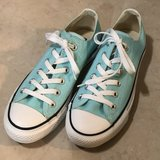 Like New Converse Turquoise Women Size 8 in Vacaville, California