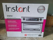 Instant Toaster Oven Omni in Clarksville, Tennessee