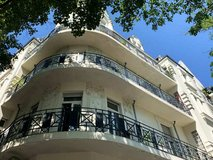Large City- Flat with 4 BR, 2 BA- parking in Wiesbaden, GE