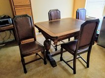 Lovely Antique Dining Set w/4 Matching Chairs in Beale AFB, California