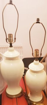 ivory colored lamps in Morris, Illinois