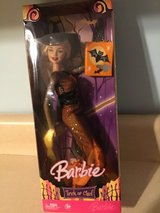 Mattel Halloween Witch Barbie Trick or Chic 2006 in Fort Campbell, Kentucky