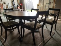 JOHN M SMYTH CO. TABLE &  4 CHAIRS in Yorkville, Illinois