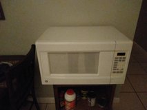 Microwave in Vista, California