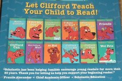 NEW Vintage 2002 Clifford Phonics 12 Book Reading Program w Carry Case in Morris, Illinois