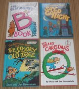 "(4) Vintage Berenstain Bears Hard Cover Books ""B"" Spooky Tree Good Night Christmas Dr Suess in Bolingbrook, Illinois"
